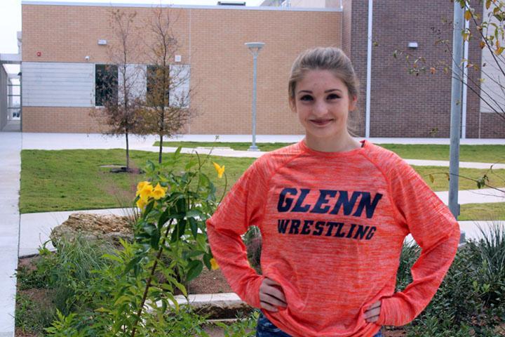 Freshman Mea Mohler redefines wrestling